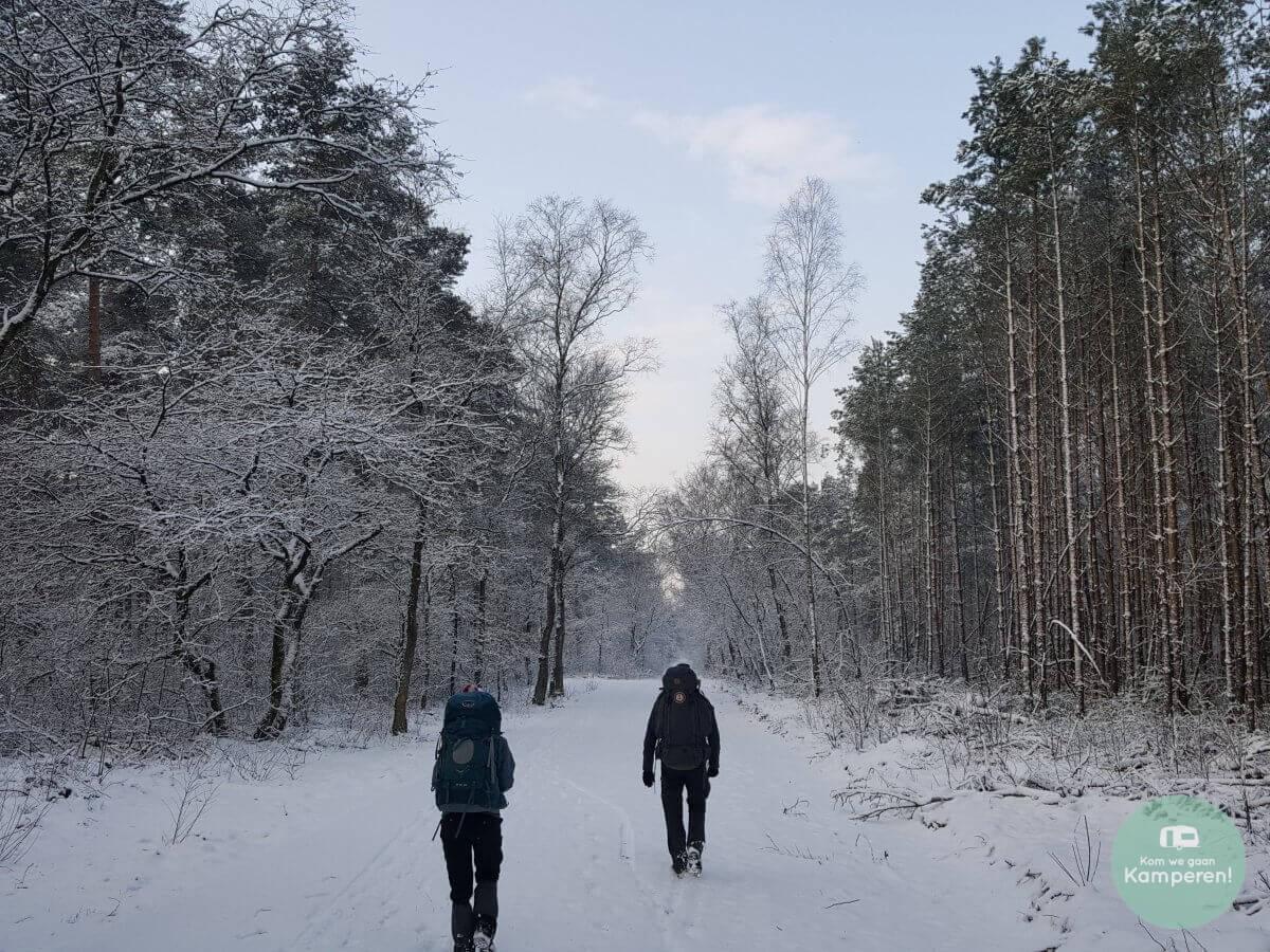 Backpack hiking trekkershut kamperen